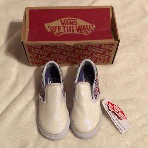 NWT Vans classic slip-on sneakers